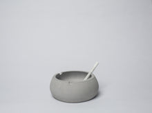 Load image into Gallery viewer, Concrete Ashtray - Bowlsy - thecrio