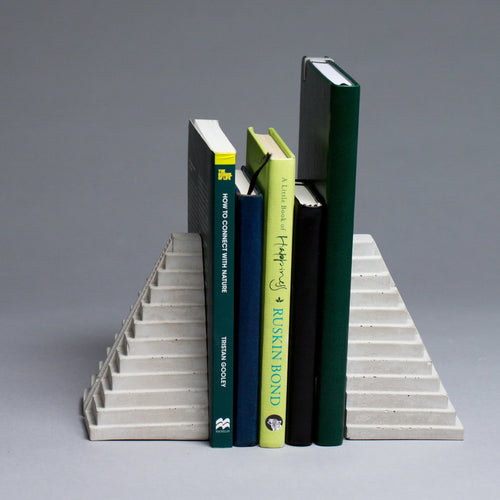 Concrete Bookends/Book Stands - thecrio
