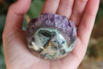 Pistachio calcite pocket stone 4P, new