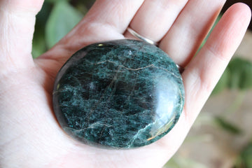 Green/teal apatite pocket stone 4, new