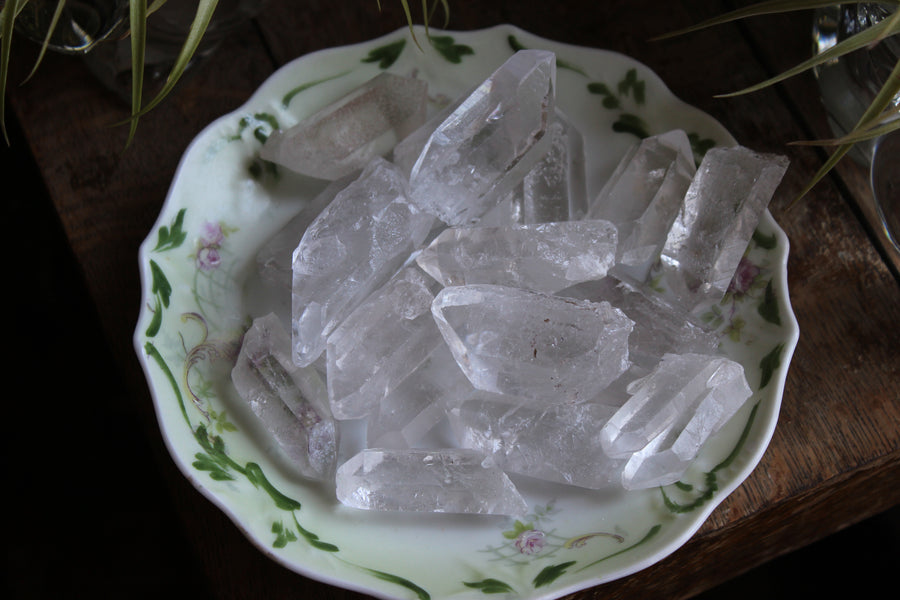 Clear quartz natural point