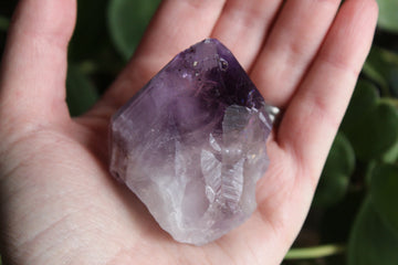 Natural/raw amethyst point 2