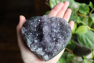 Amethyst geode heart from Uruguay sale