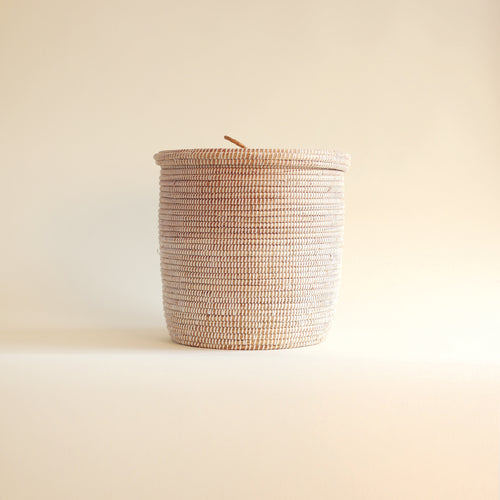 African Basket flat lid White EPUR (Medium)