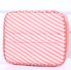Everyday Cosmetic Bag - Threaded Pear