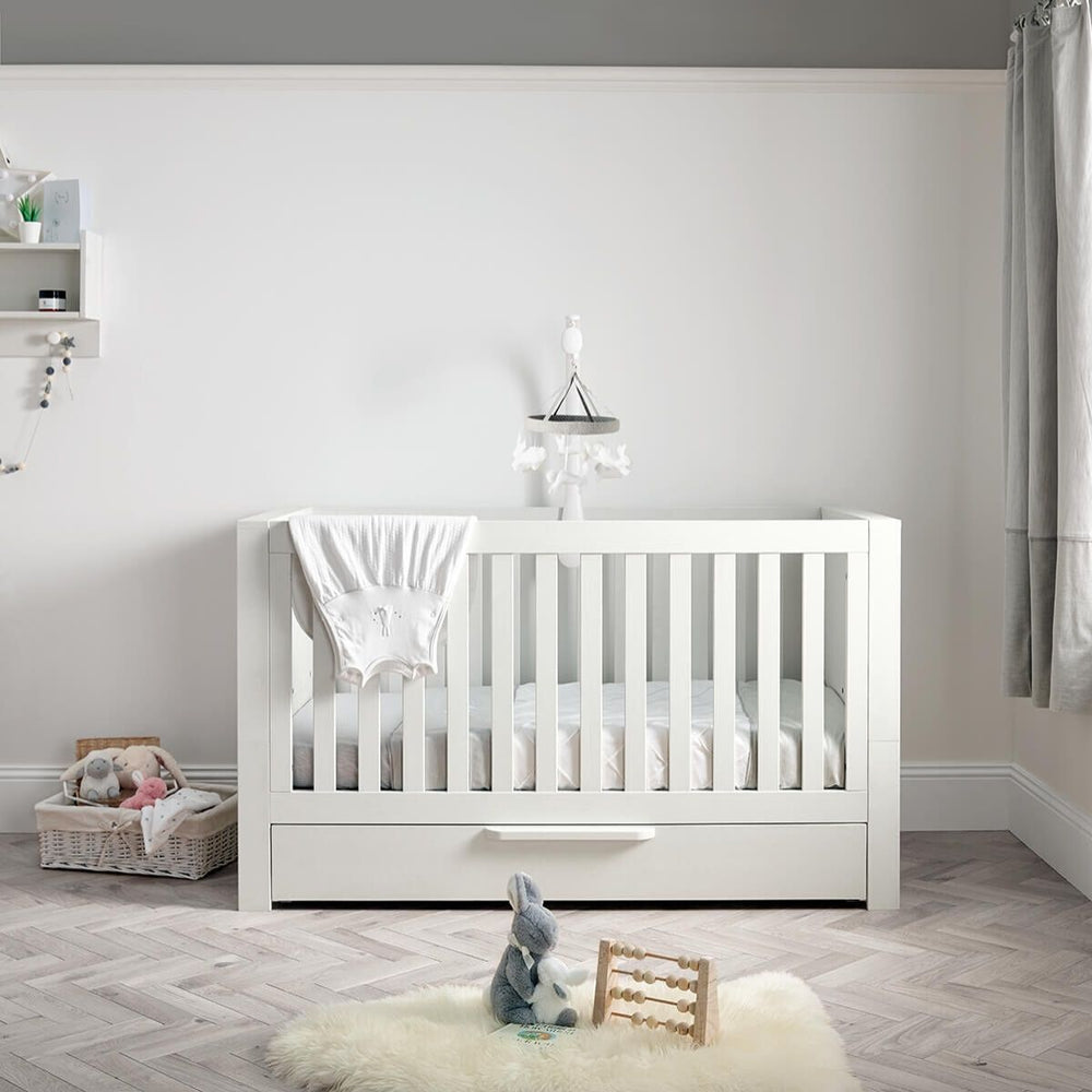 Mamas and Papas Franklin White Wash Cot