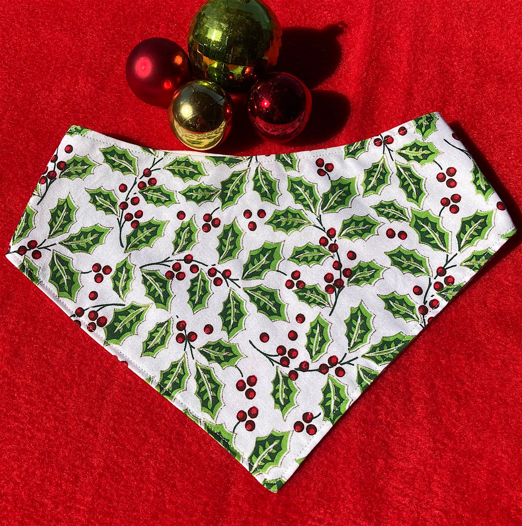 "Xmas Dog Bandana, ""HOLLY"""