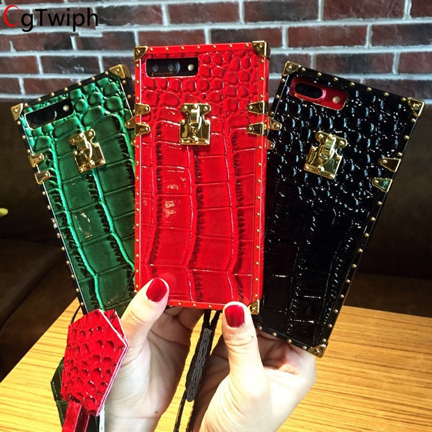 Europe Crocodile Skin Pattern Case For IPhone X 7 Plus Soft PU Gold Button Cover For IPhone 8 8plus 6 6S Plus Fundas With Strap