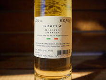 Laden Sie das Bild in den Galerie-Viewer, LAUX - Grappa Moscato Ambrata