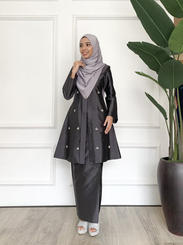 Tun Teja (Dark Grey)