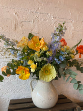 Load image into Gallery viewer, Spring Poppy Bouquet