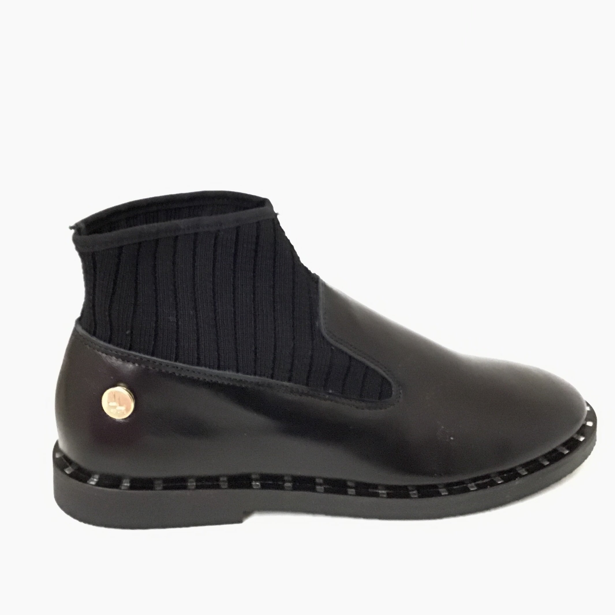 Luccini Black Leather Bootie
