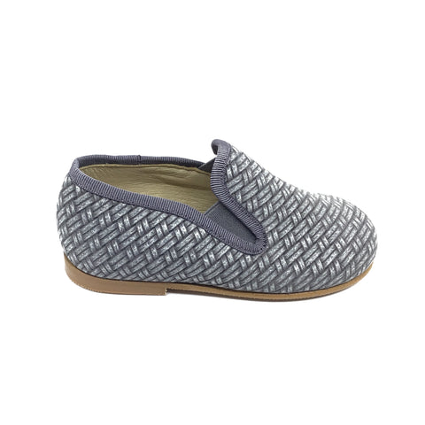 Luccini Gray Textured Slip On