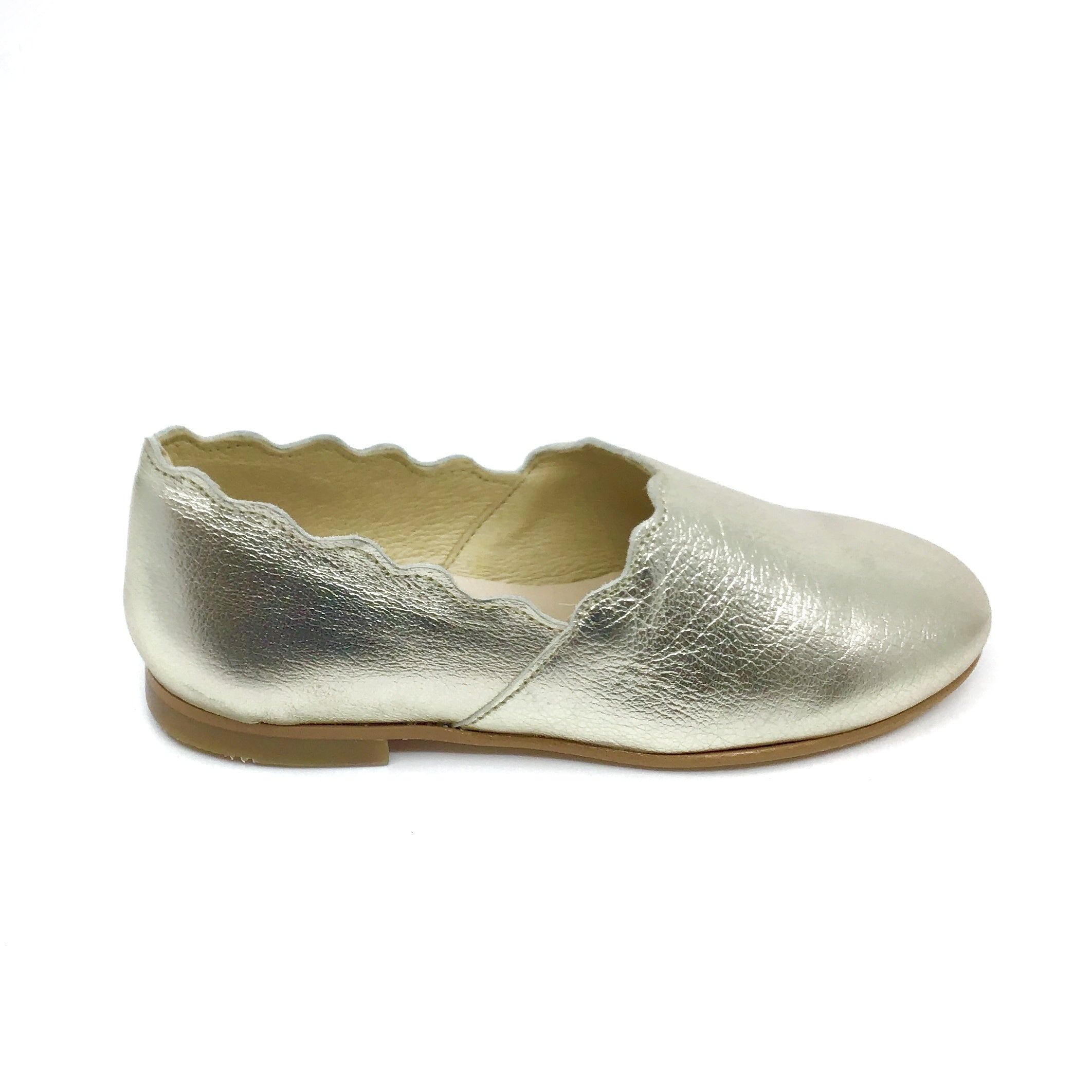 Luccini Gold Scalloped Slip On