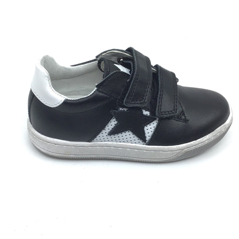 Naturino Sneaker with Black Star