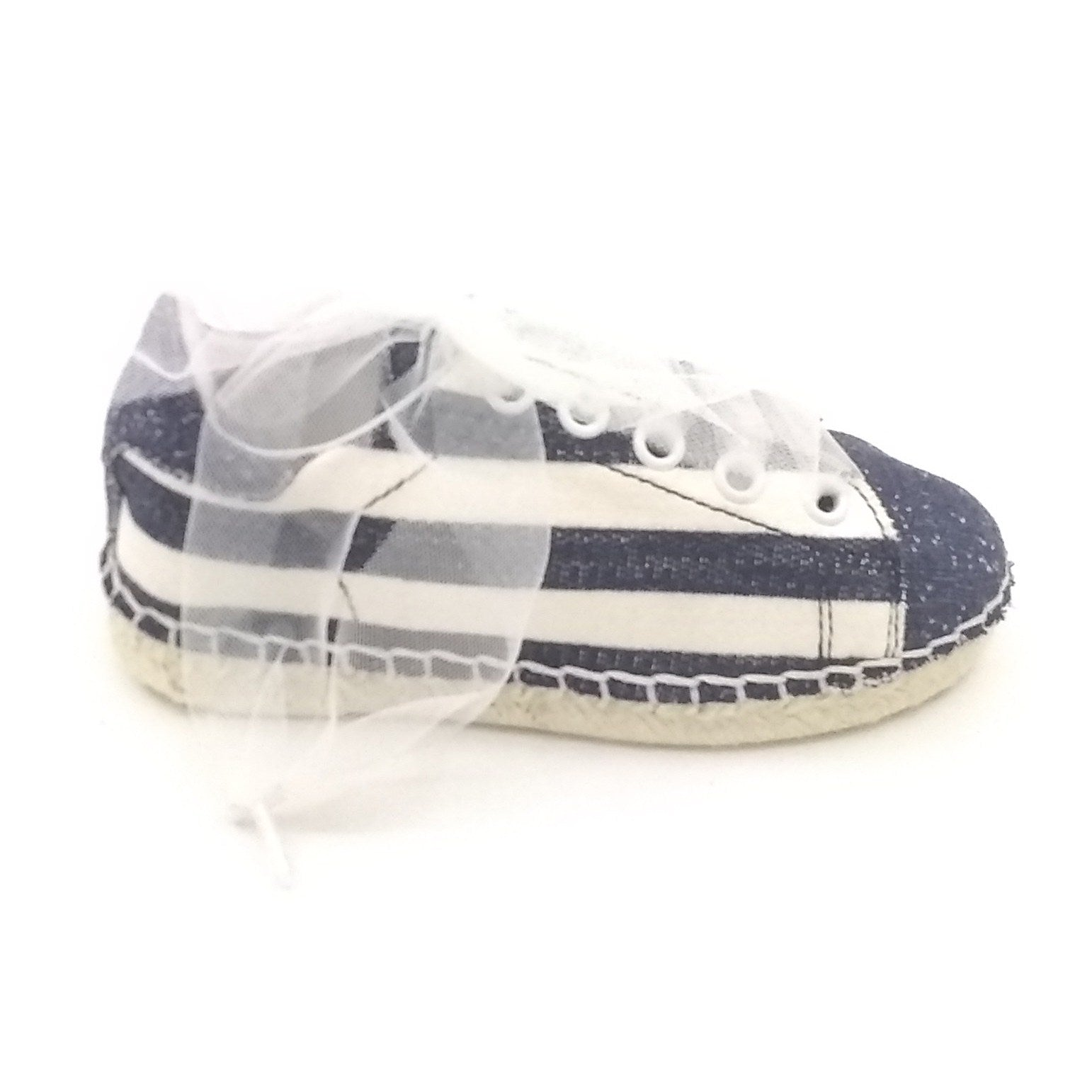 Magil Blue and White Lace Sneaker