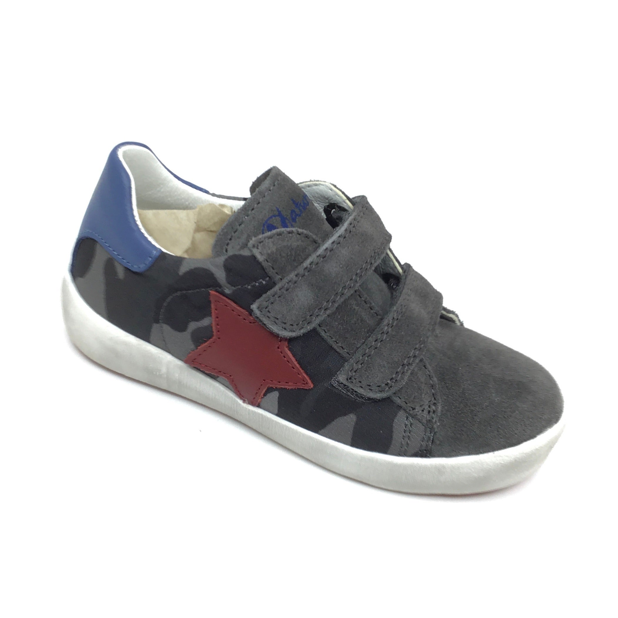 Naturino Gray Camouflage Sneaker with Red Star