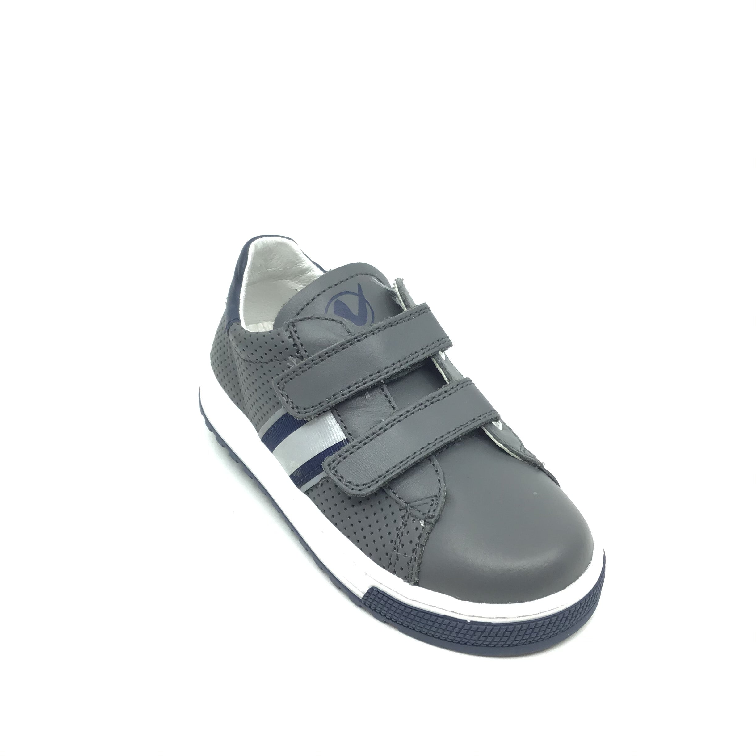 Naturino Gray Sneaker with Trim