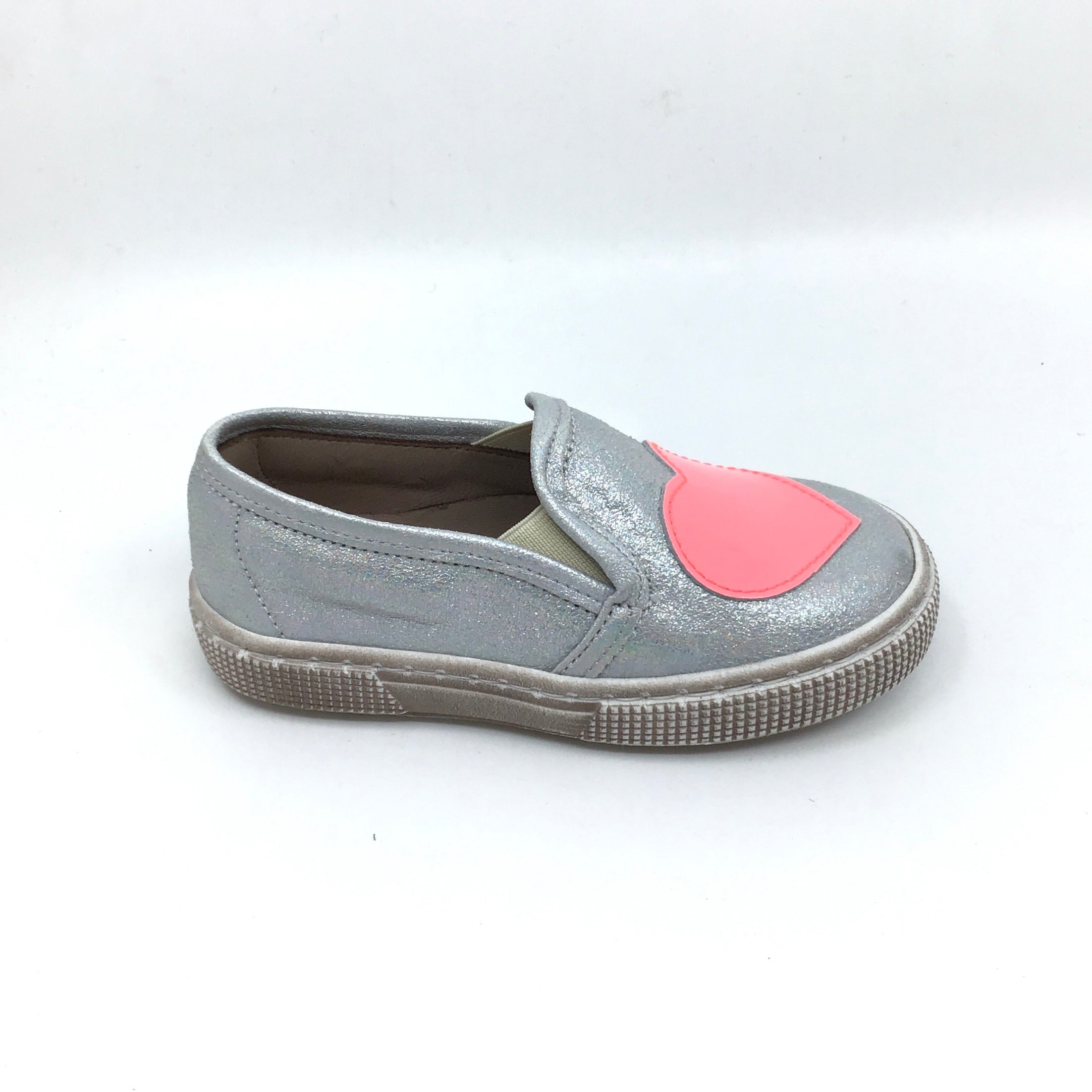 Pepe Silver Sneaker with Pink Heart