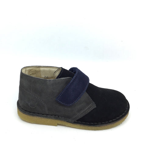 Naturino Velcro Black and Gray Suede Sneaker