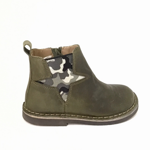 Khaki Boots with Camouflage