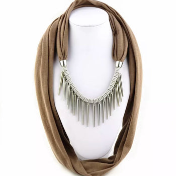 PUNK STYLE RIVET PENDANT SCARF NECKLACE