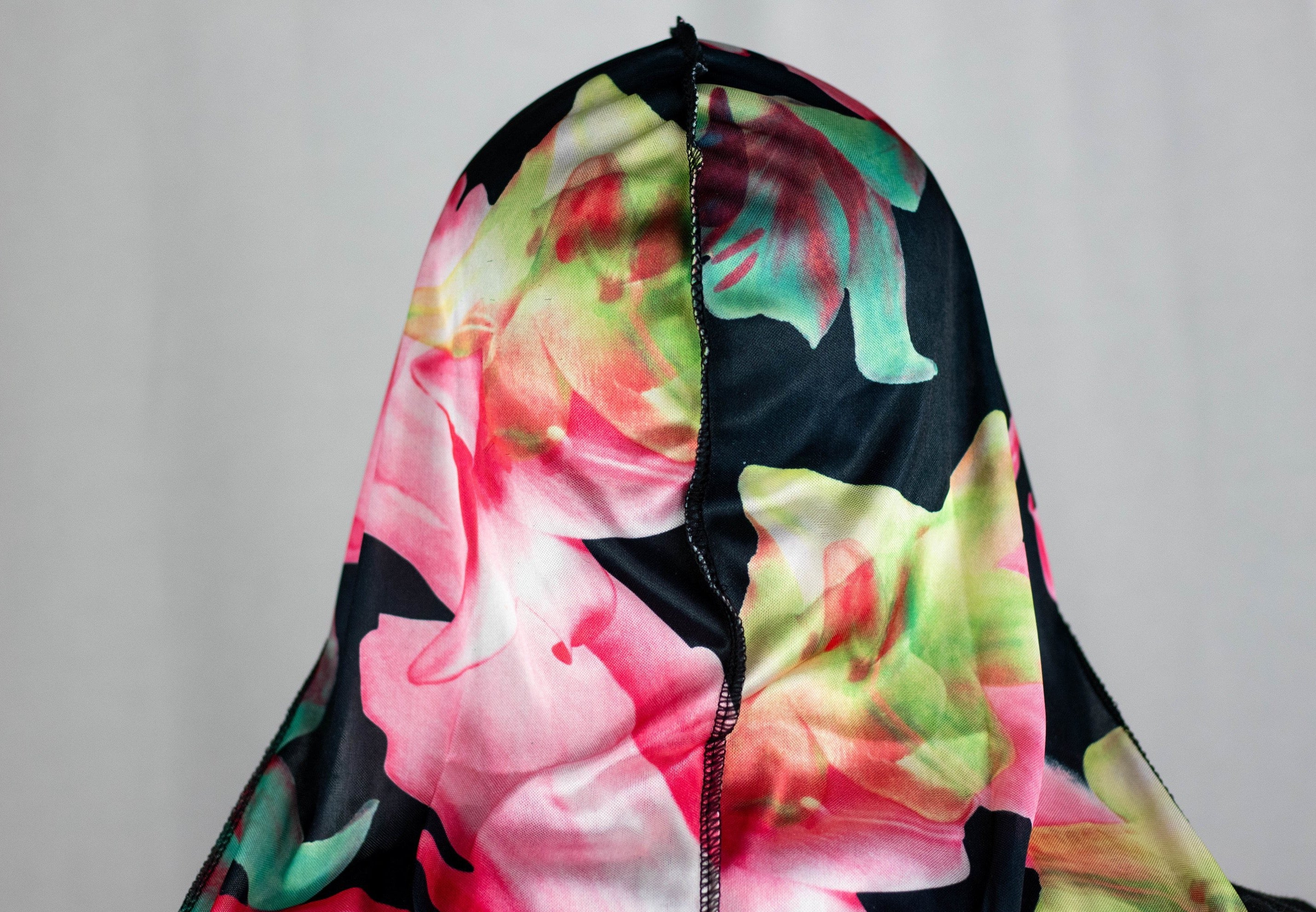 BLACK LILY FLORAL SILKY