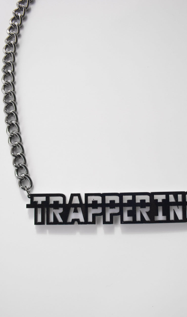Trappering Chain Necklace
