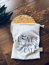 "Load image into Gallery viewer, Med "" Love what you eat"" bulk shopping bag"