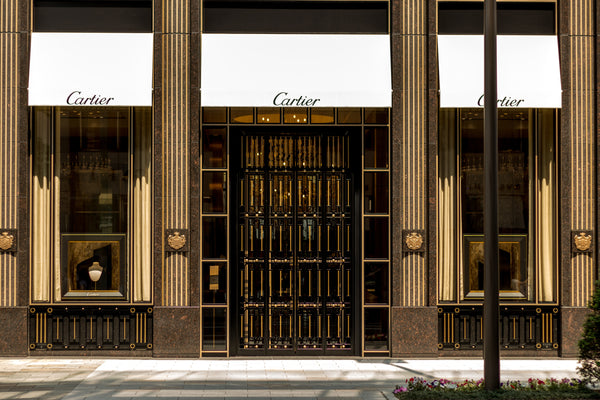 front-of-cartier-store-jpg