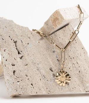 Link small chain necklace gold with sunflower