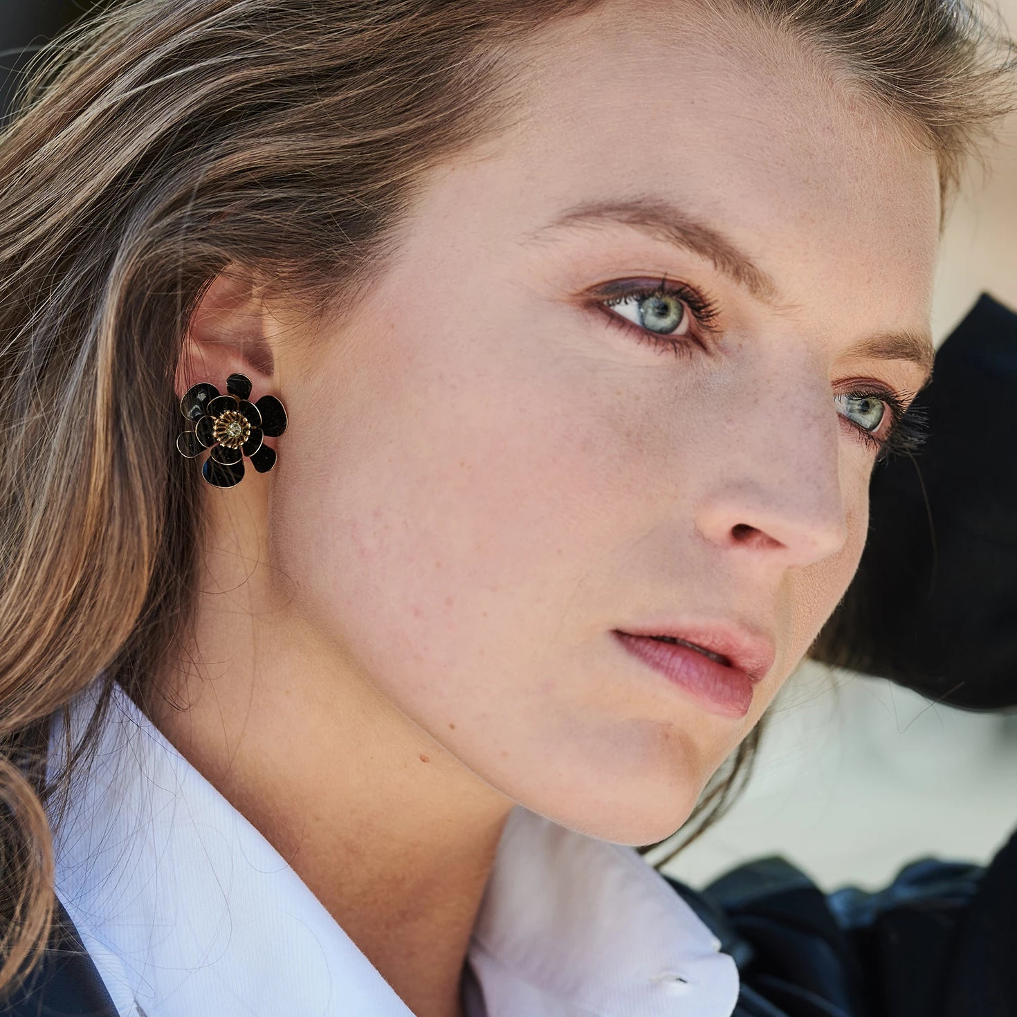 Gina shortie large black earrings - Souvenirs de Pomme