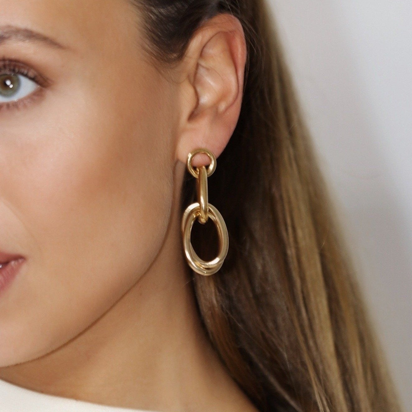 Evi gold chain earrings