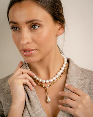 Cocco baroque pearls necklace