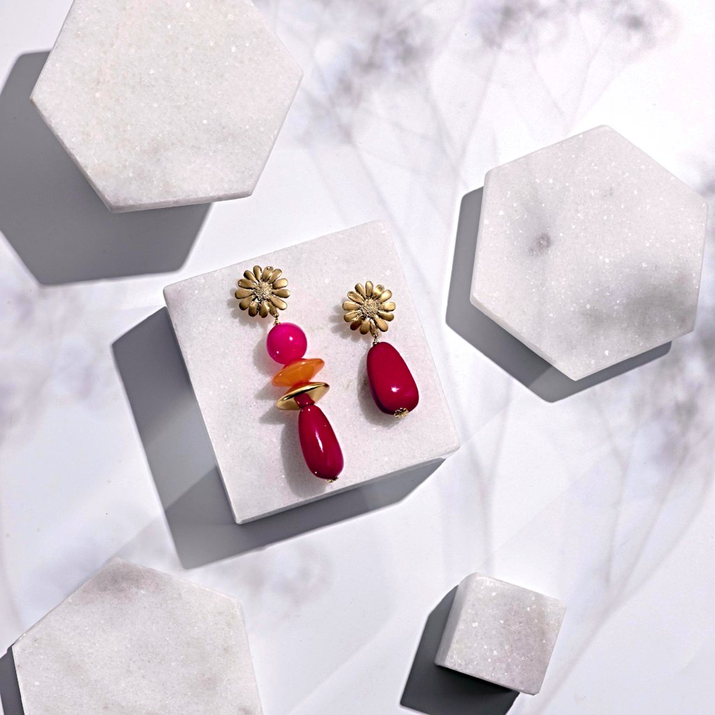 Sunbeam short statement earring red