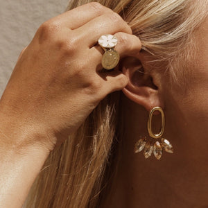 Pippa champagne earrings