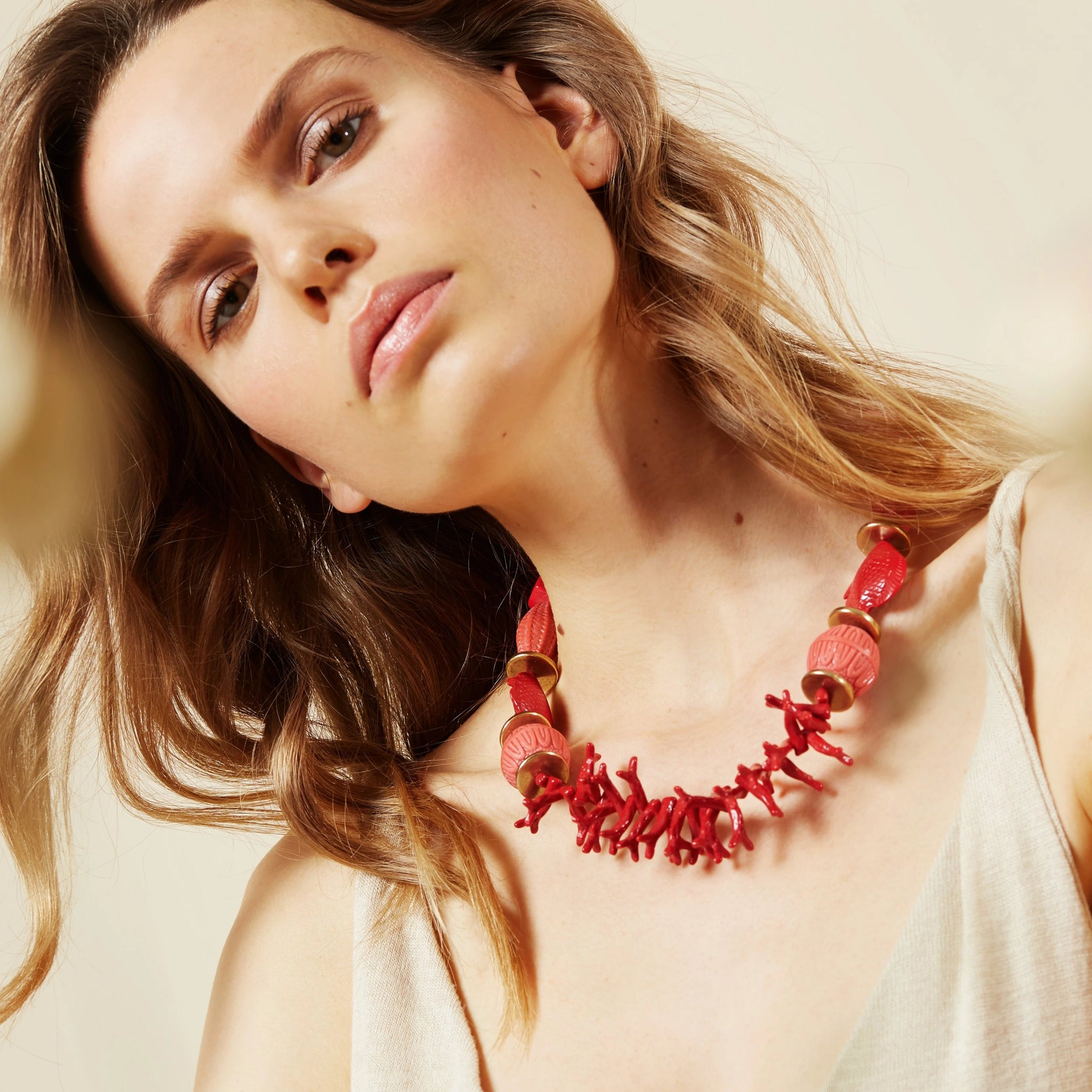 Beaded single necklace coral red - Souvenirs de Pomme