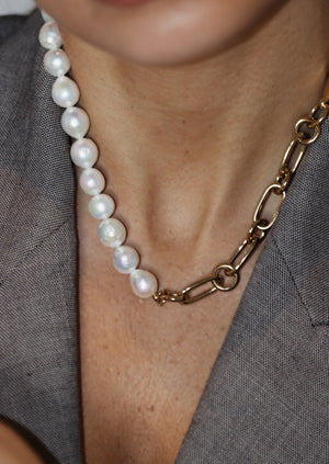 Lima small necklace with pearls
