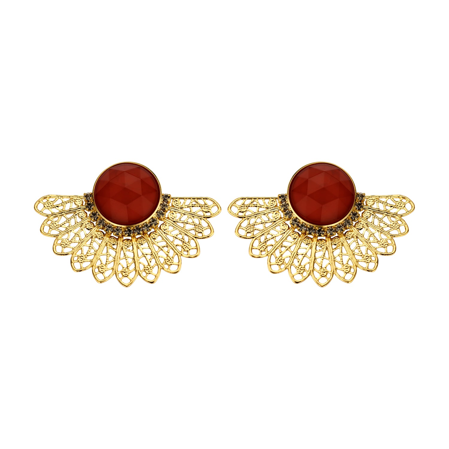 Van shortie bordeaux earrings