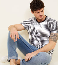 Load image into Gallery viewer, NEW LOOK - Pale Blue Vintage Wash Slim Fit Jeans