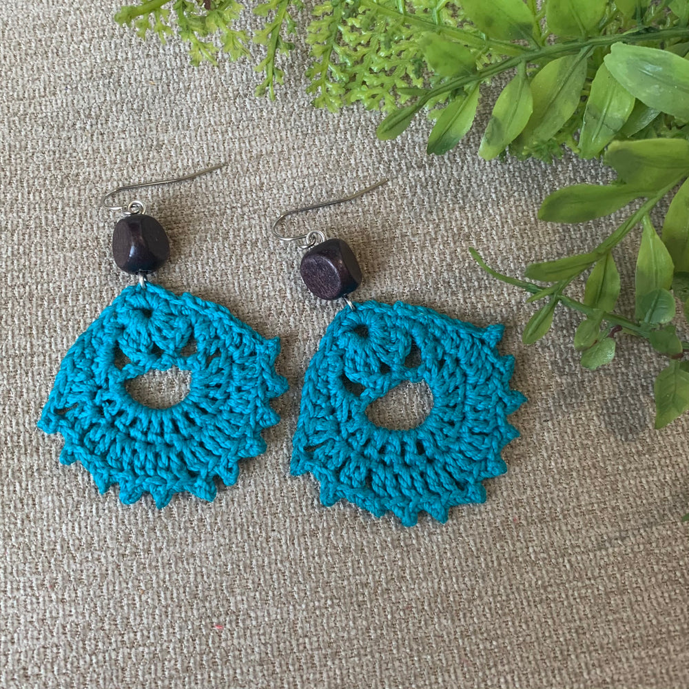Load image into Gallery viewer, Crocheted Earrings in Deep Turquoise Blue