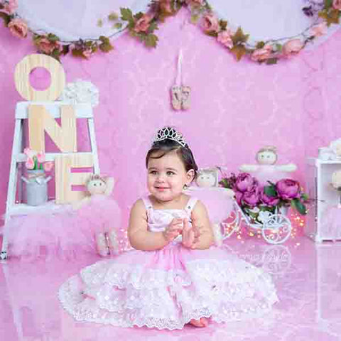 Fox Rolled Pink Girl Birthday Vinyl Backdrop Design by Maria Gabriela