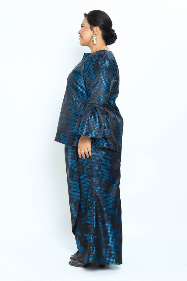 Baju Kurung Shanee Brocade in Dark Blue