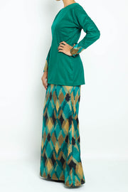 Pine Kurung in Emerald Green