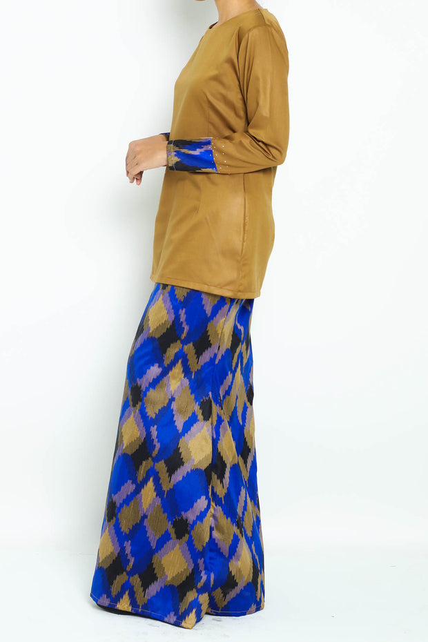 Pine Kurung in Brown Blue