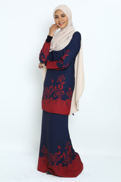 Baju Kurung Hafeeya in Dark Blue