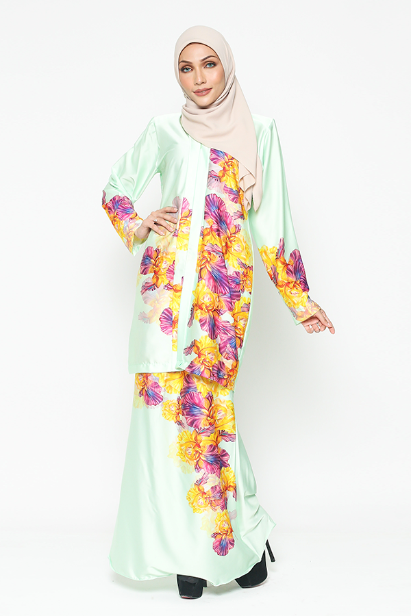WH Kebaya Purple Bloom in Mint Green