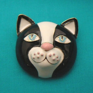 Black & White Cat Face Enamel Pin