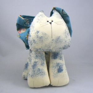 Hand Painted Muslin Cat – Sydney (Blue)