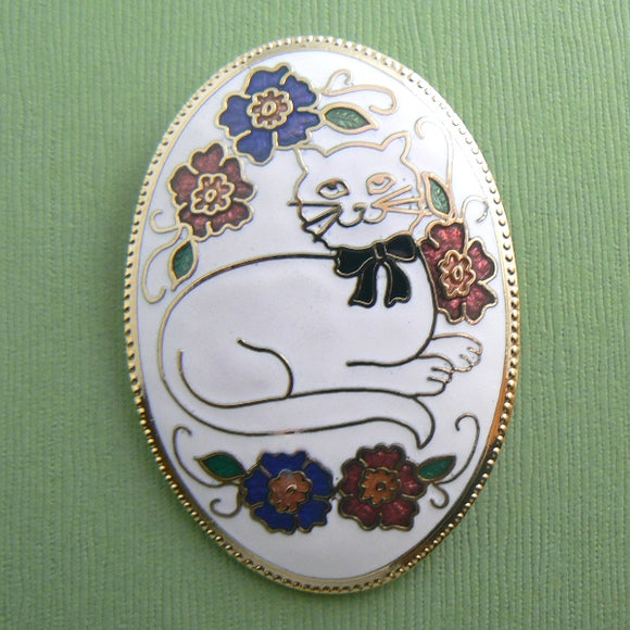 Oval Cloisonne White Enamel Cat Pin